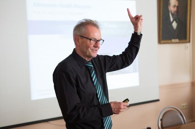 Лекции ведущего специалиста по телемедицине Хуго Санера в Сеченовском университете