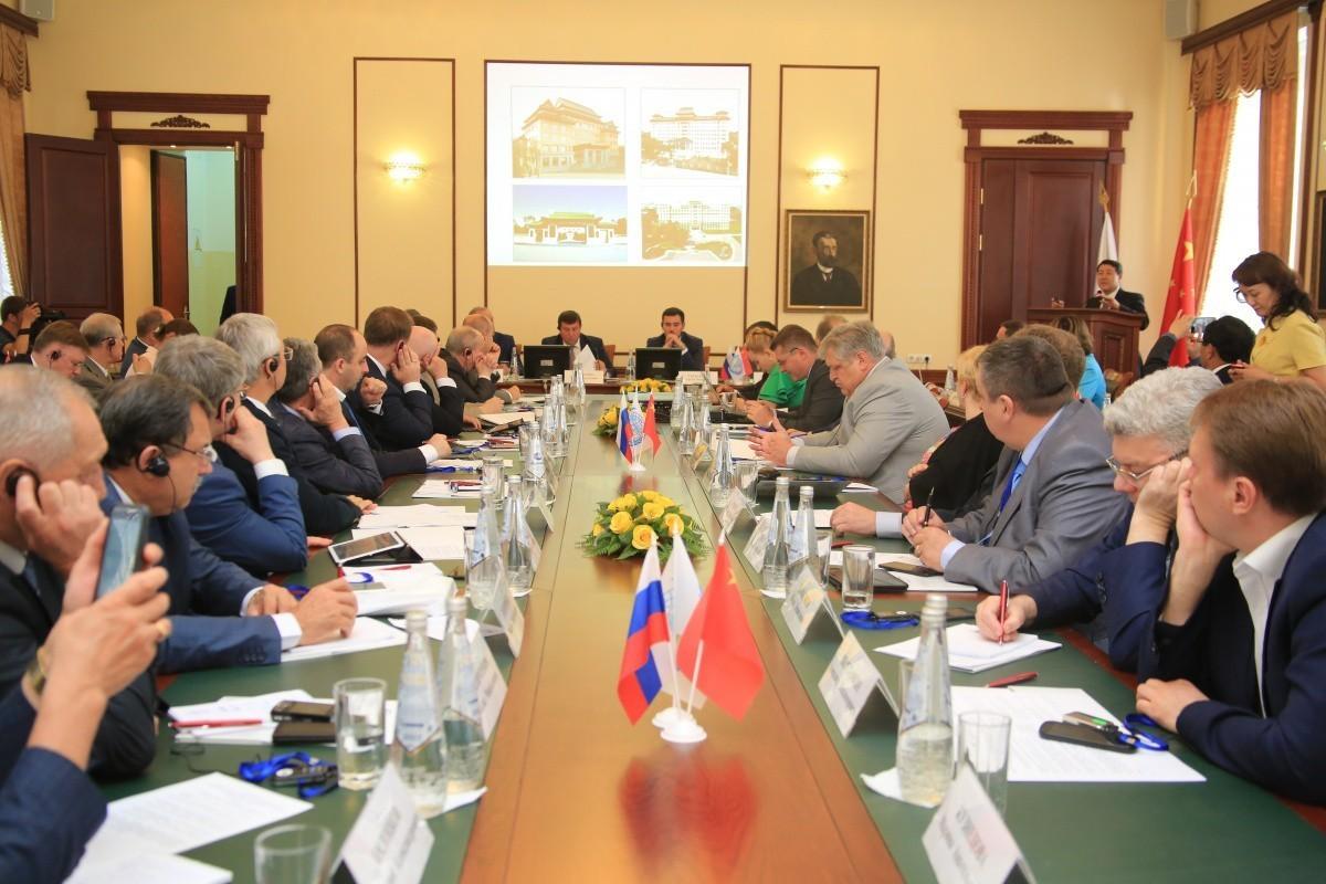 Ключевые вопросы российского медицинского образования и перспективы сотрудничества с Китаем обсудили в Саратове