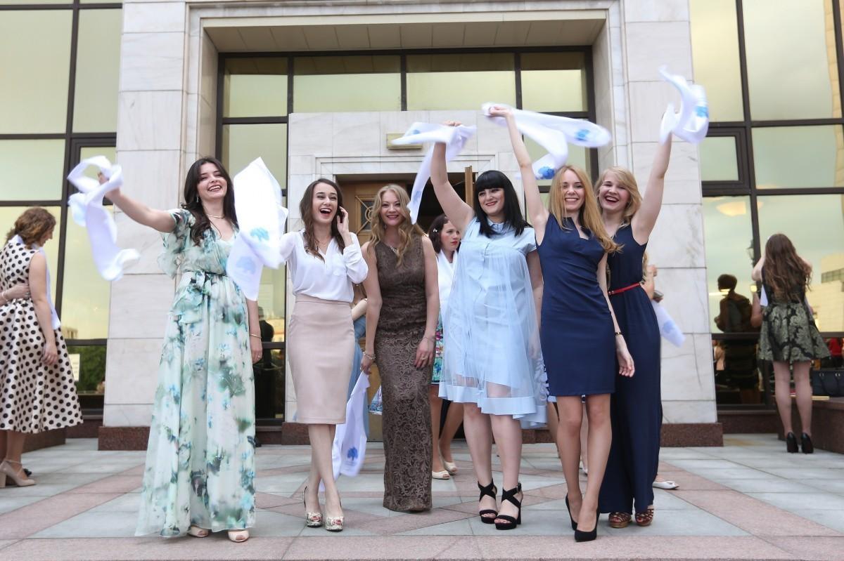 Выпускники Сеченовского университета дали клятву врача